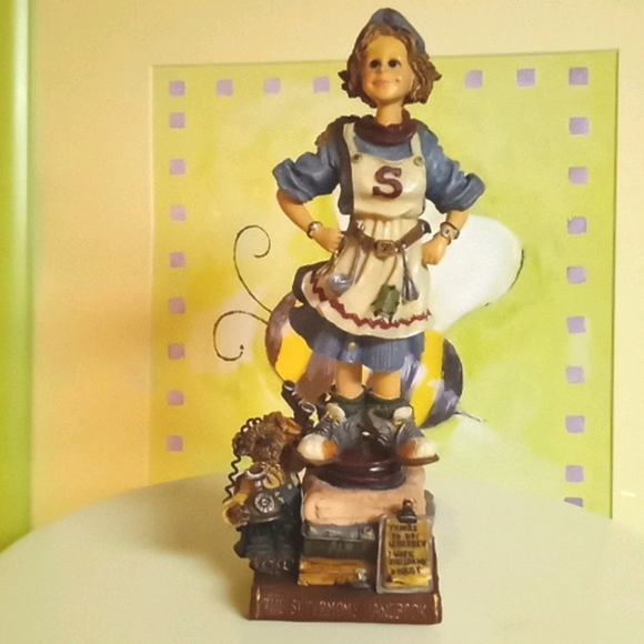Boyds Bears & Friends collectible Supermoms